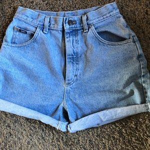 Vintage Lee Mom Jean Shorts Size 10